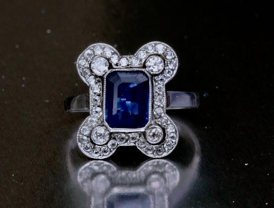 BELLE EPOQUE SAPPHIRE AND DIAMOND ENGAGEMENT RING.