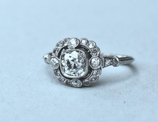 ANTIQUE DIAMOND ENGAGEMENT RING.