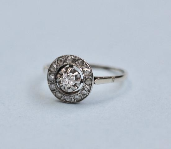 ANTIQUE DIAMOND TARGET ENGAGEMENT RING