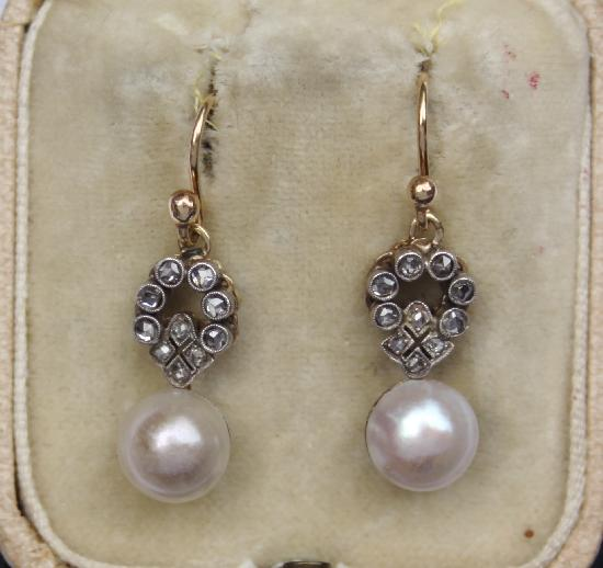 ANTIQUE PEARL AND DIAMOND EARRINGS.