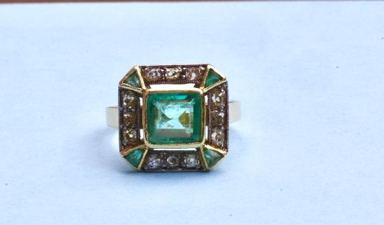 ANTIQUE PERIOD EMERALD AND DIAMOND ENGAGEMENT RING