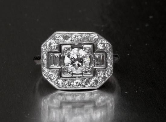 ART DECO FRENCH PLATINUM DIAMOND ENGAGEMENT RING