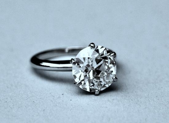 BEAUTIFUL HUGE DIAMOND SOLITAIRE ENGAGEMENT RING 4ct