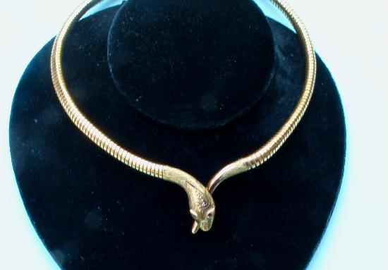 CHARMING VINTAGE SNAKE CHOKER NECKLACE