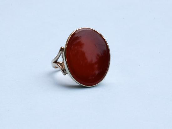 CORNELIAN GOLD SIGNET RING