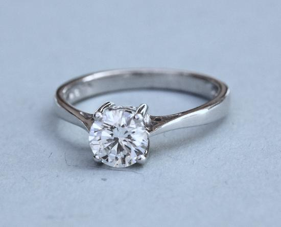 D COLOUR DIAMOND SOLITAIRE ENGAGEMENT RING CERTIFICATED