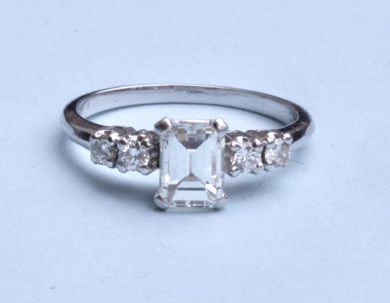 EMERALD- CUT DIAMOND ENGAGEMENT RING