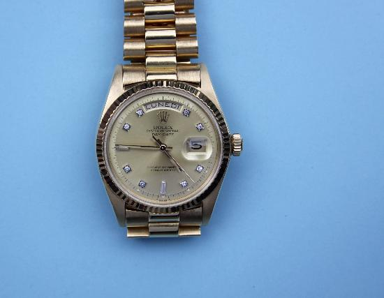 GENTS ROLEX GOLD OYSTER DAY DATE WRIST WATCH