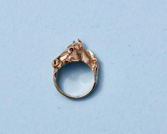 GOLD HORSE HEAD PINKIE RING