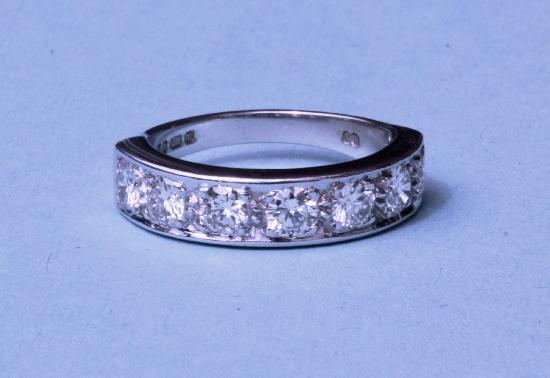 GOOD QUALITY DIAMOND HALF ETERNITY RING