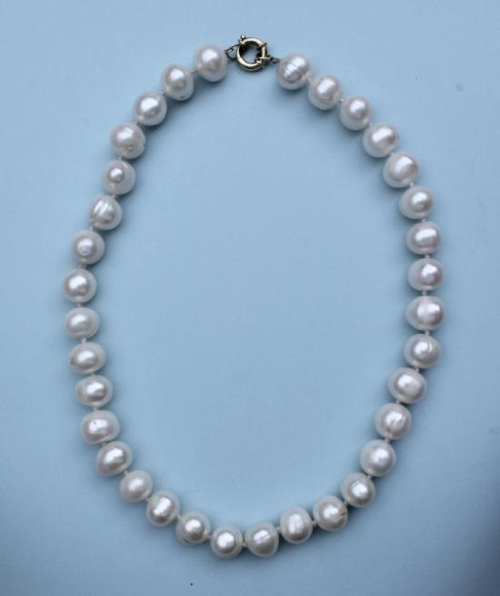LARGE CULTURED PEARL CHOKER