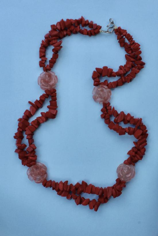 LOVELY RETRO CORAL BEADS