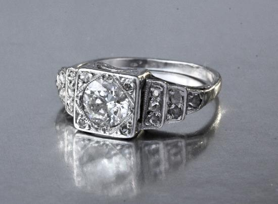 PLATINUM ART DECO ENGAGEMENT RING