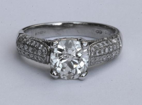 Excellent Platinum Solitaire Diamond Engagement Ring 550 x 405 · 21 kB · jpeg
