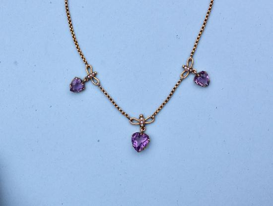 PRETTY VINTAGE AMETHYST AND SEED PEARL HEART  NECKLACE.