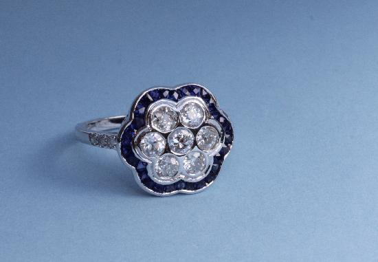SAPPHIRE AND DIAMOND FLOWER CLUSTER ENGAGEMENT RING