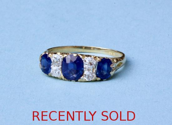 ANTIQUE SAPPHIRE AND DAIMOND ENGAGEMENT RING