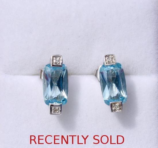 AQUAMARINE AND DIAMOND EARRINGS.