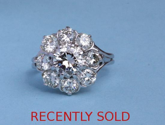 BEAUTIFUL DIAMOND DAISY CLUSTER ENGAGEMENT RING VINTAGE