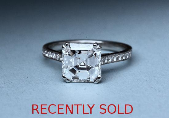 CERTIFICATED DIAMOND ENGAGEMENT RING.