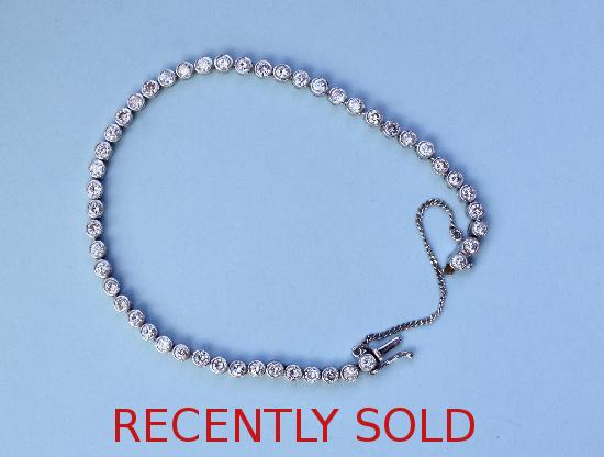 PRETTY DIAMOND TENNIS-LINE BRACELET