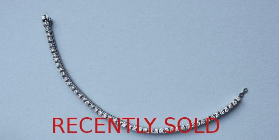 QUALITY DIAMOND LINE BRACELET