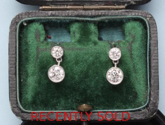 STUNNING DIAMOND EDWARDIAN DROP EARRINGS.