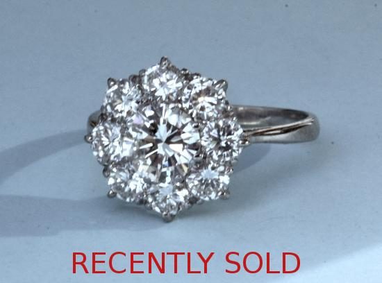 SUPERB DIAMOND DAISY CLUSTER ENGAGEMENT ERING
