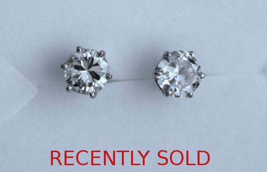VINTAGE DIAMOND STUD EARRINGS.