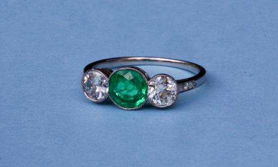 SURPERB COLUMBIAN EMERALD AND DIAMOND THREE STONE RING