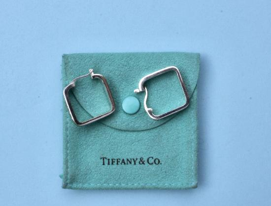 TIFFANY SQUARE HOOP EARRINGS