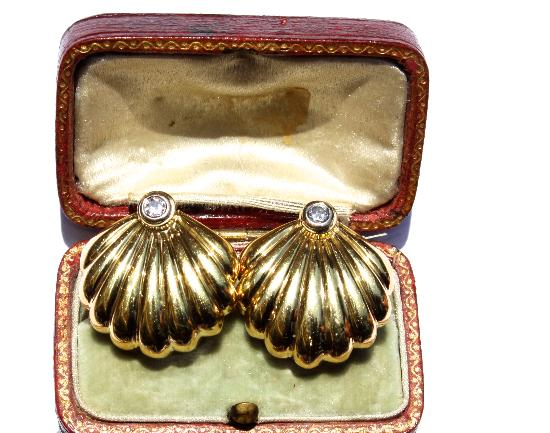 VINTAGE GOLD AND DIAMOND SHELL EARRINGS