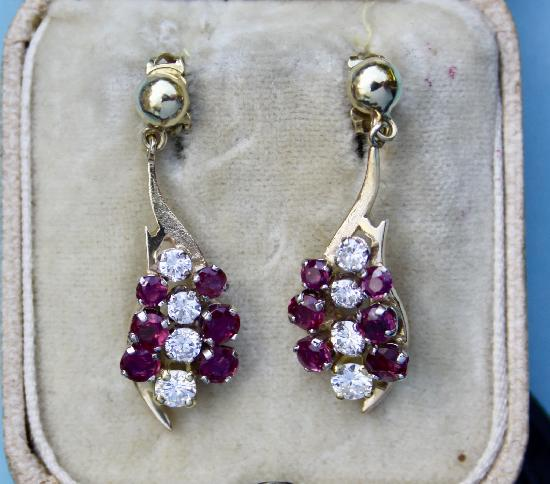 VINTAGE RUBY AND DIAMOND DROP EARRINGS.