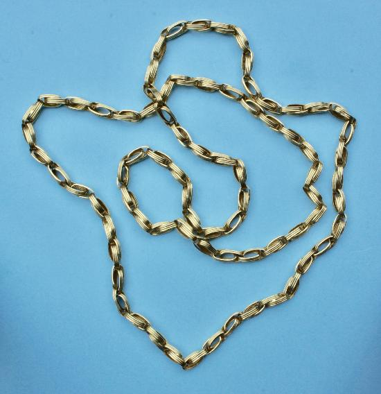 VINTAGE STYLISH HEAVY GOLD CHAIN