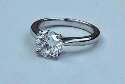 Beautiful Solitaire Diamond Engagement Ring