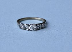 Pretty 1920s Diamond Five Stone Engagement Ring