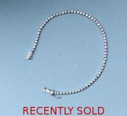 Pretty Diamond Line - Tennis Bracelet