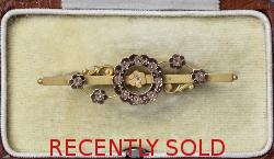 Pretty Two Colour Victorian Brooch