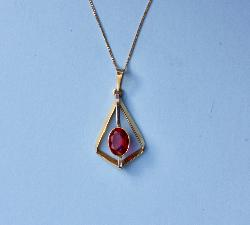 Stylish Red Stone Pendant And Chain
