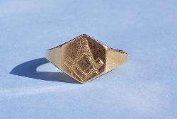 Vintage Gold Masonic Signet Ring
