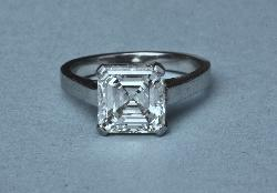 Wonderful Asscher Cut Diamond Engagement Ring
