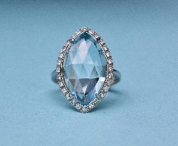 Wonderful Large Aquamarine And Diamond Ring